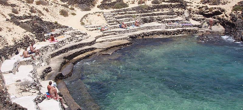 4 piscinas naturales y cristalinas en Lanzarote