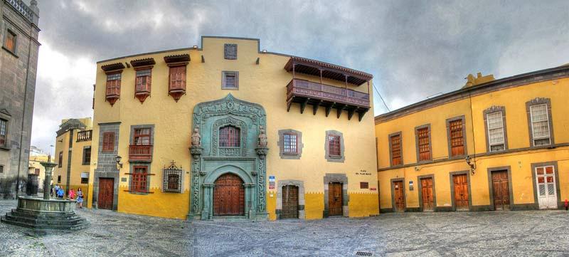 De ruta por el barrio histórico de Vegueta